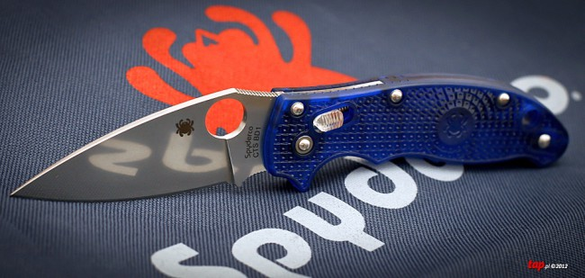 spyderco manix2 light
